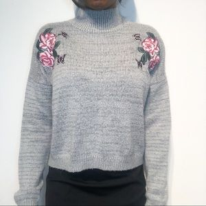 Cloud chaser grey sweater size large